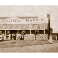 Maid and Magpie Hotel