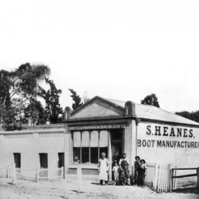 Heanes Boot Shop, Kensington